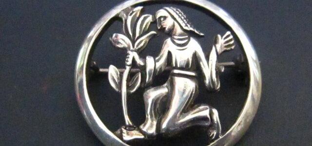 Silber-Brosche